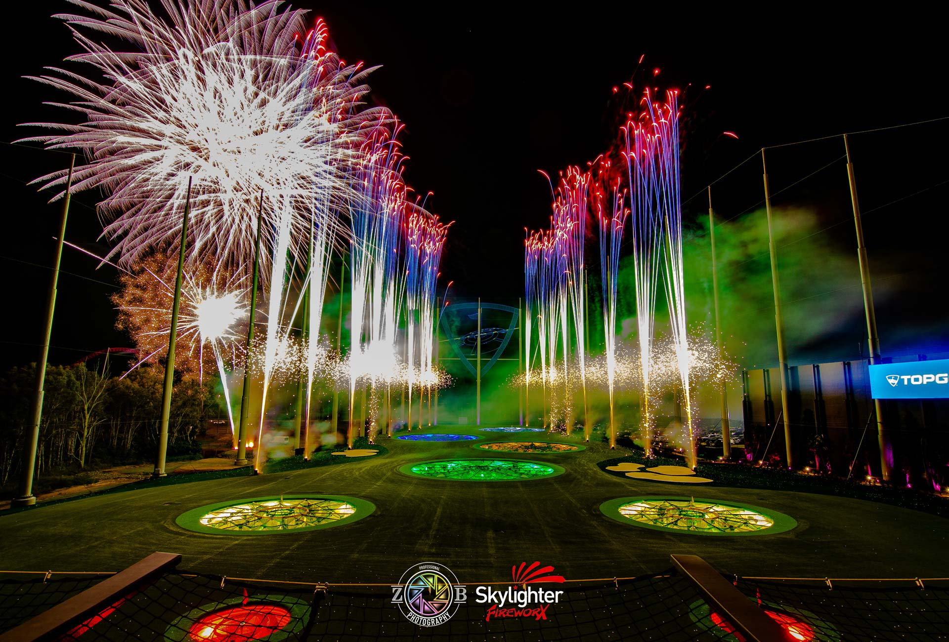 SkylighterFireworks_Barge_Fireworks_Top_Golf_Opening