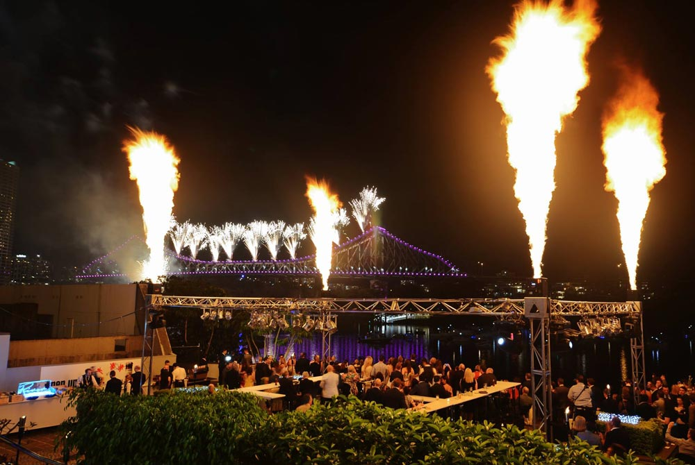 SkylighterFireworks_Brisbane_Gold_Coast_Flames-36