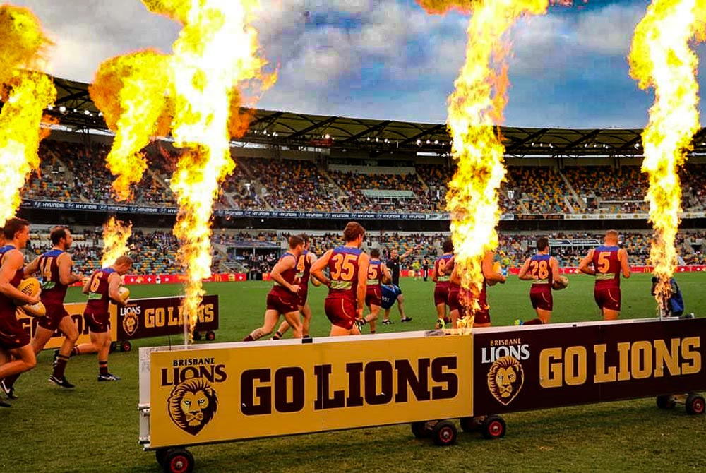 SkylighterFireworks_Brisbane_Gold_Coast_Flames-55-2